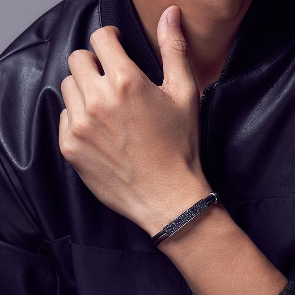 黑色網狀花紋真皮手環
