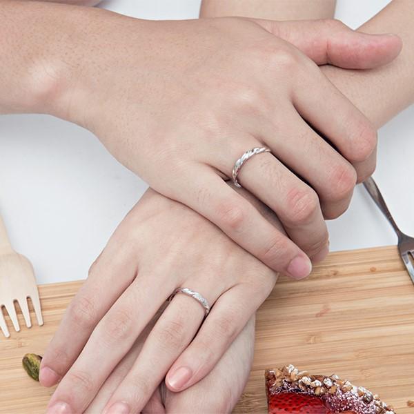 愛交織捲花設計感白金結婚對戒-女