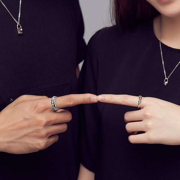龐克造型旋轉純銀情侶戒指