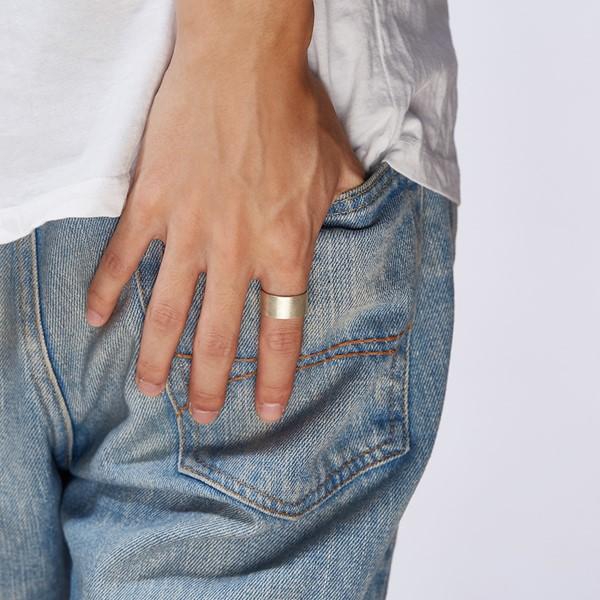 磨砂感造型戒指