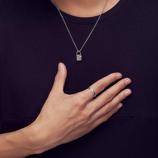 交織的愛戒指