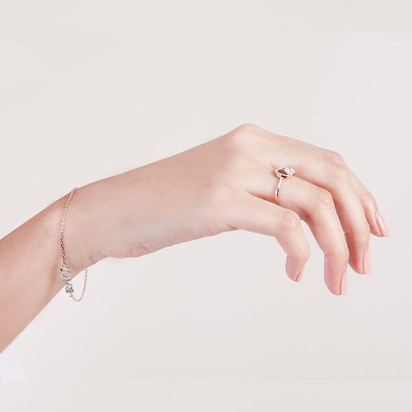 都會女性環繞設計戒指