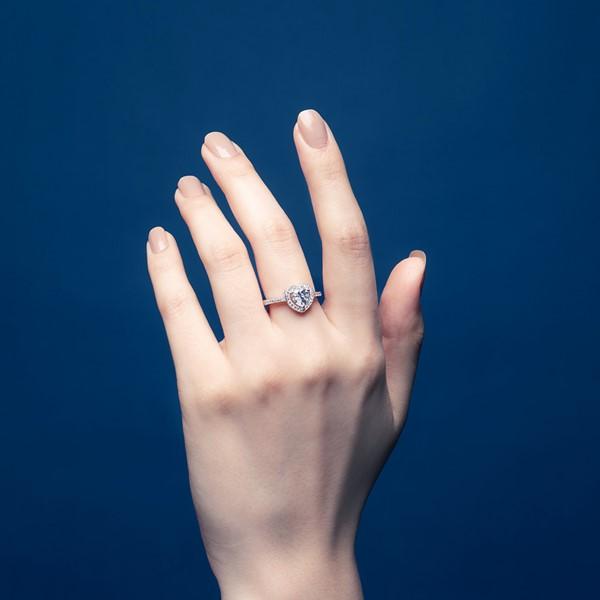奢華愛心奢華精選戒指