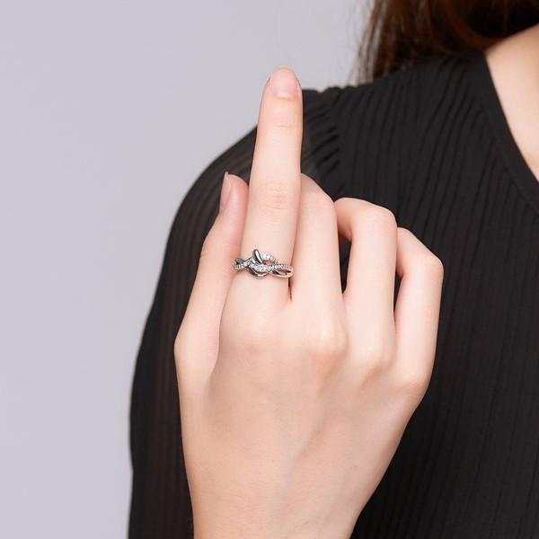 氣質交錯流線奢華戒指