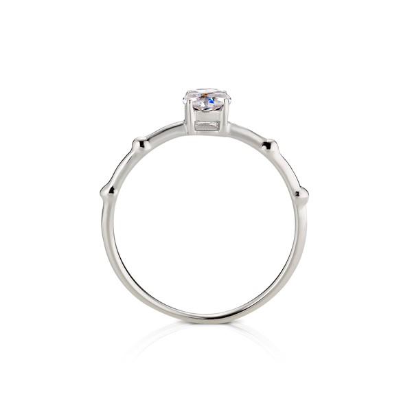 細緻典雅戒指