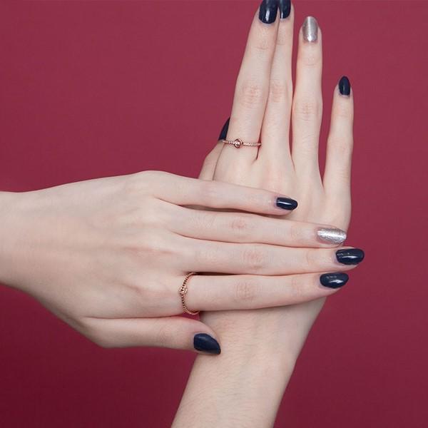 典雅設計彩鑽戒指