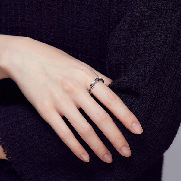 個性風範滿鑽硫化戒指