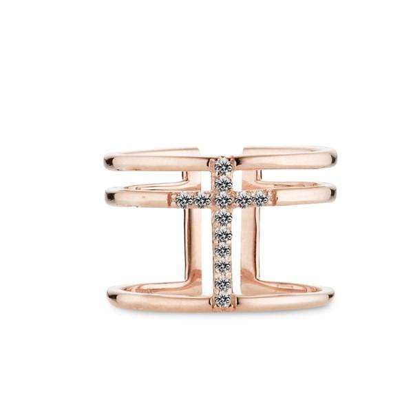 多層次十字架戒指