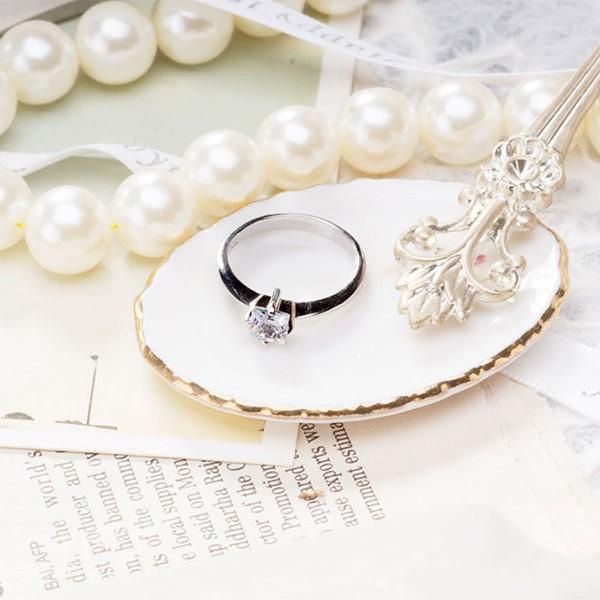 迷幻方型鋯鑽簡約戒指