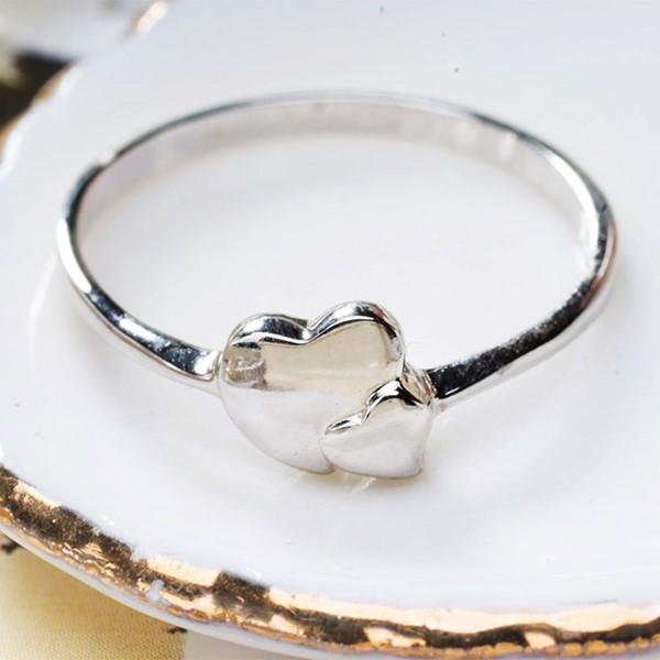輕戀愛戒指