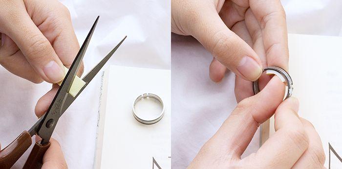 剪下泡棉膠,貼於戒指內圍,可微調戒圍尺寸。